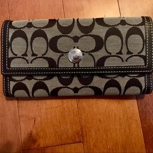 Large Trifold Coach Wallet